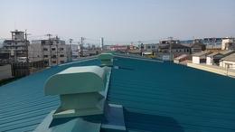 大阪府八尾市弓削町南のK様倉庫塗装-ハゼ式折板屋根塗装