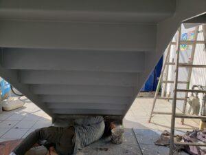 階段錆止め塗装
